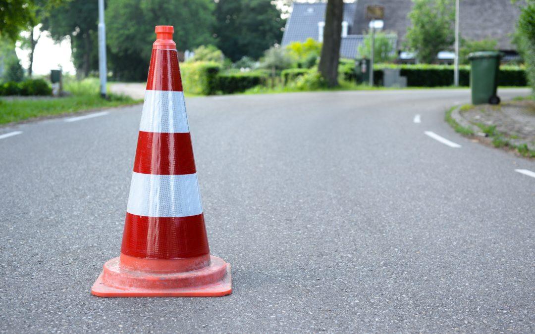 Plot de Chantier, pour annonce un danger ou un changement sur la route. Ici, il représente les infos trafics
